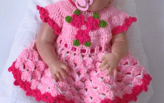 صورة فساتين بنات كروشيه بالباترون , اصنعى لبنتك بيدك فستان كروشيه