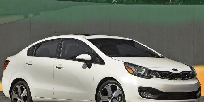 صورة تفسير حلم سيارة بيضاء , ركوب السيارة في الحلم