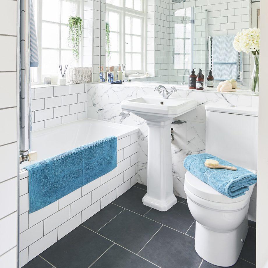 صورة ديكورات حمامات صغيرة جدا , افكار وديكور حلو جدا لو حمامك صغير