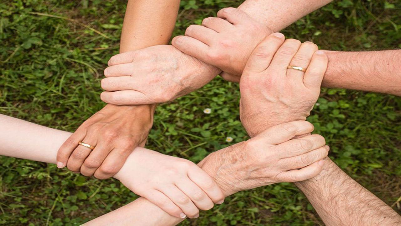 صورة موضوع تعبير عن التعاون والتسامح , تعلم كيف تتعاون و تحب و تسامح