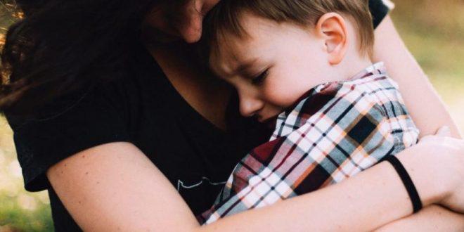 صورة رؤية الام المتوفية مريضة في المنام , على ماذا يدل رؤية المتوفيين في المنام