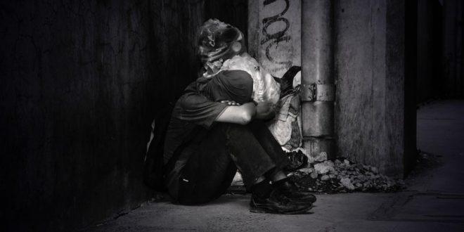 صورة صور حزينة ابيض واسود , اموت من شدت الحزن و القهر