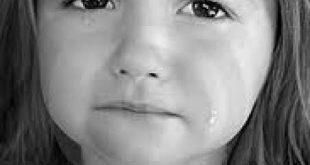 صورة صور طفل حزين , صور تعبر عن الحزن للاطفال