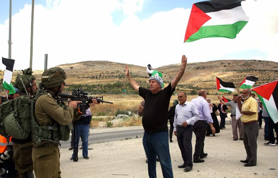 صورة تعبير عن سلب الاحتلال حقوقنا , معلومات كل باحث عن هذا الموضوع