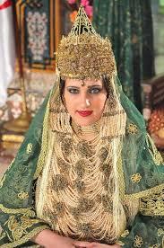 صورة فساتين اعراس جزائرية , اجدد وافخم الفساتين الجزائرية 2020
